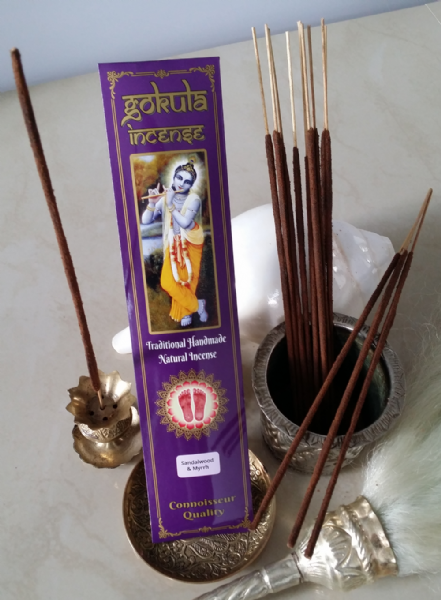 Sandalwood & Myrrh Incense Sticks - 20 grams